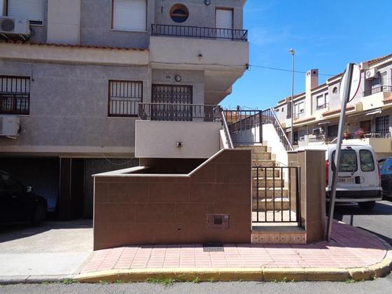 Casa en venta  en  Carrer Cardenal Tarancón, Catral