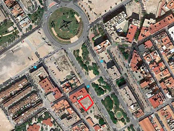 Suelo en venta  en Alicante / Alacant