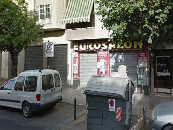 Local en venta  en Avenida DILAR, Granada Capital