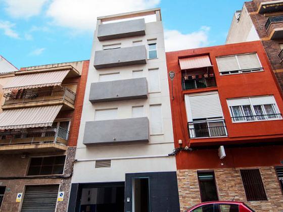 Local en venta  en  Calle Carlota Pasaron, Alicante / Alacant