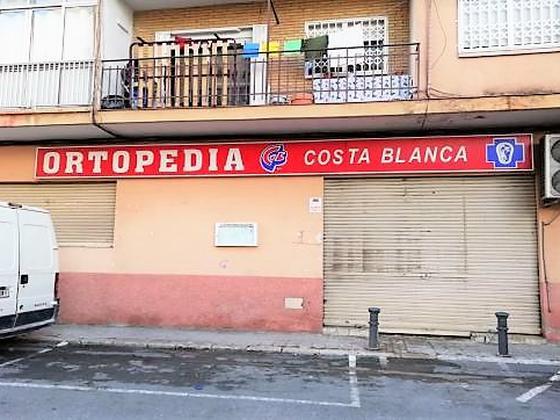 Local en venta  en  CAMIÑO PERIODISTA RODOLFO SALAZAR, Alicante / Alacant