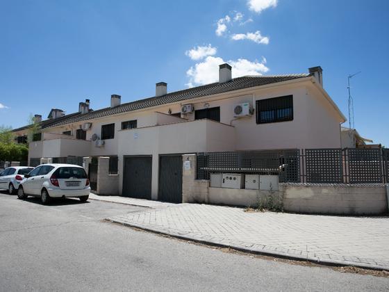 Chalet adosado en alquiler  en Calle VENECIA, Aranjuez