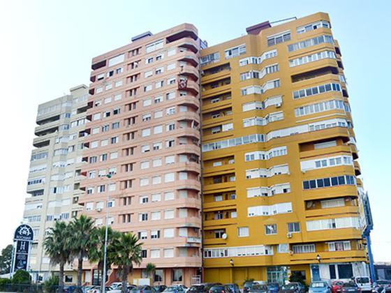 Piso en venta  en Calle de España, edif Rocamar, La Línea de la Concepción