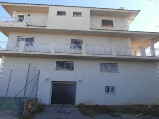 Casa en venta  en Calle UR PARQUE MONTE ALCEDO, Riba-roja de Túria