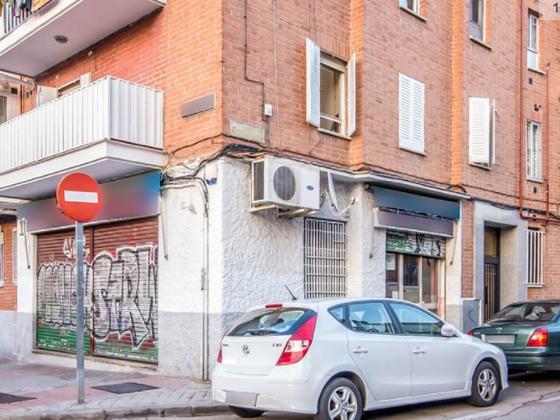 Local en venta  en Calle CL SIERRA SALVADA, Madrid Capital