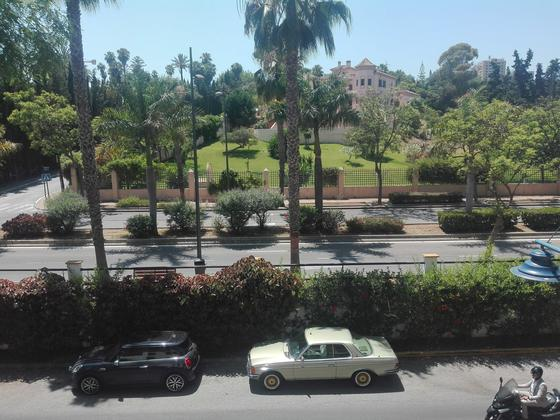 Apartamento en venta  en Calle Avenida Principe Salman. Urbanización Atalaya del Río Verde, Marbella