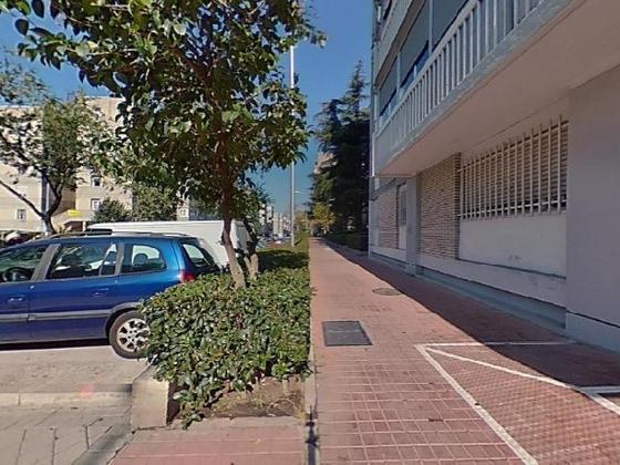 Piso en venta  en Calle CAMARENA, Madrid Capital