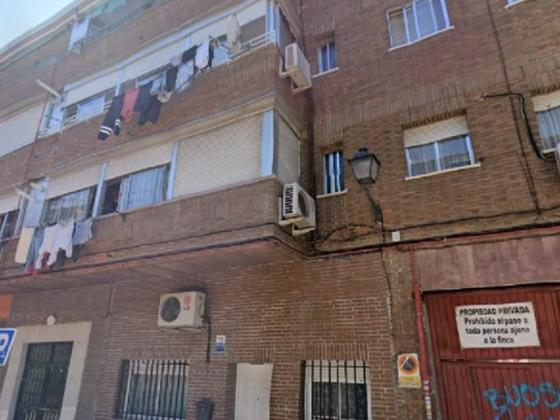 Piso en venta  en Calle SANTA MARIA SALOME, Madrid Capital