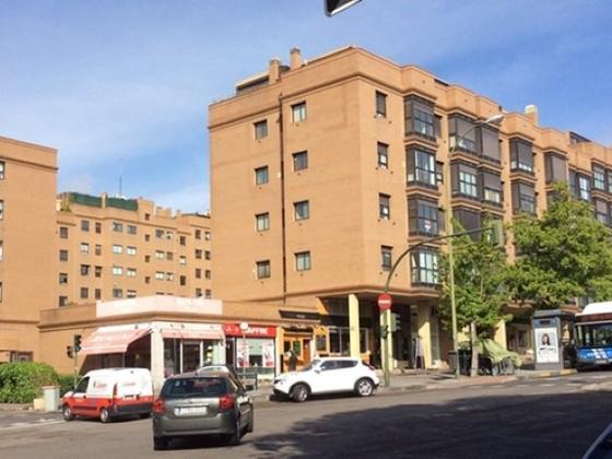 Piso en venta  en Calle MACHAQUITO, Madrid Capital