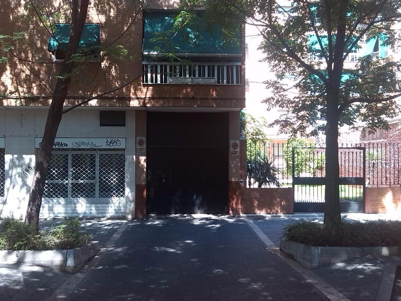 Local en Calle MONTESINOS