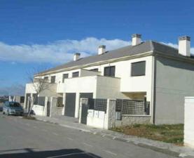 Casa-Chalet en Venta en Guimaraes / La Montaña - El Cortijo