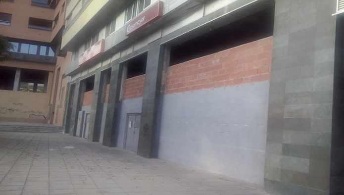 Local en Calle OSCAR ESPLA