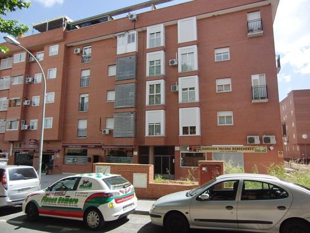 Piso en Calle COMUNIDAD MADRID
