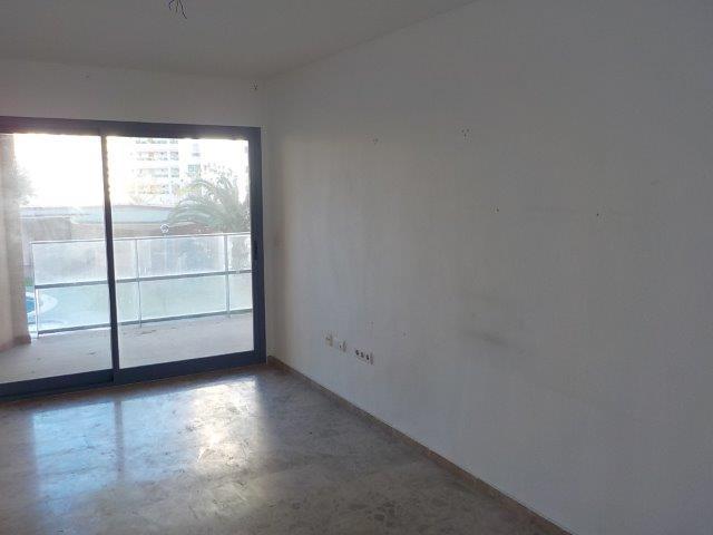Apartamento en Calle GARBI