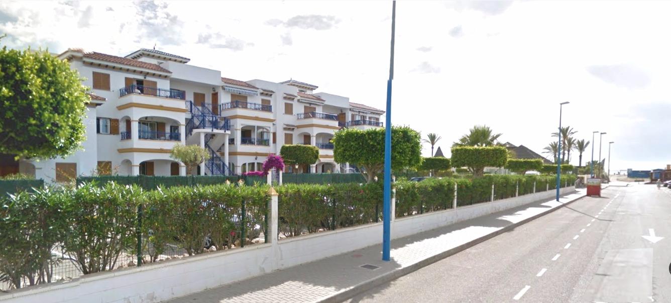 Planta baja en Avenida DEL DESCUBRIMIENTO