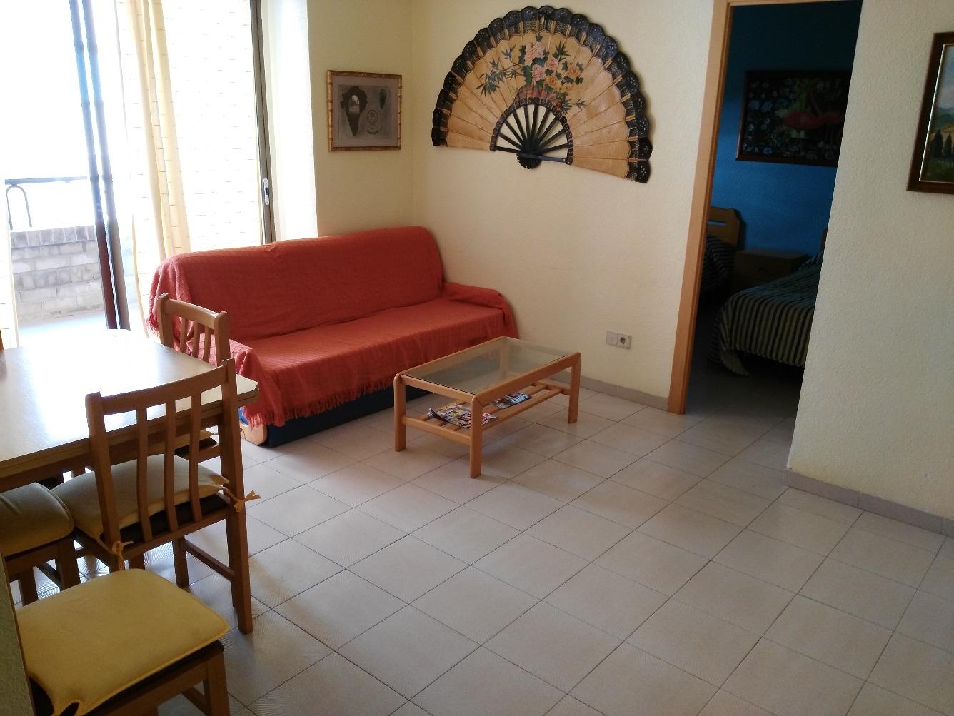 Apartamento en Paseo MEDITERRANEO