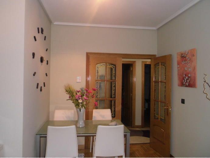Piso en venta en barakaldo bonita vivienda adidum for Piso urban galindo