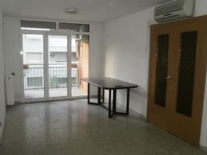 Flat in Sale in Baró de Maials / Pardinyes - Riu Segre - Mitjana