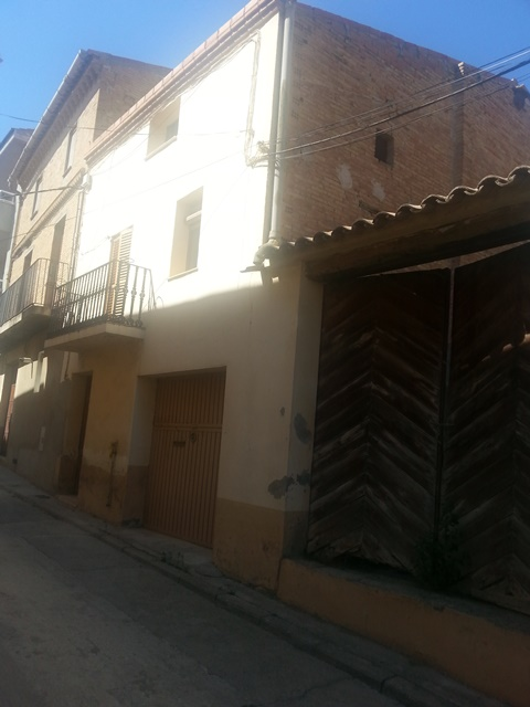 Solar urbà  Calle caldero de la barca. Terreny residencial en venda a Linyola.