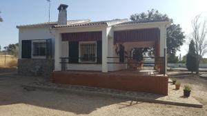 Casa adosada en Venta en Carretera Brazatortas a la Altura de Retamar / Brazatortas