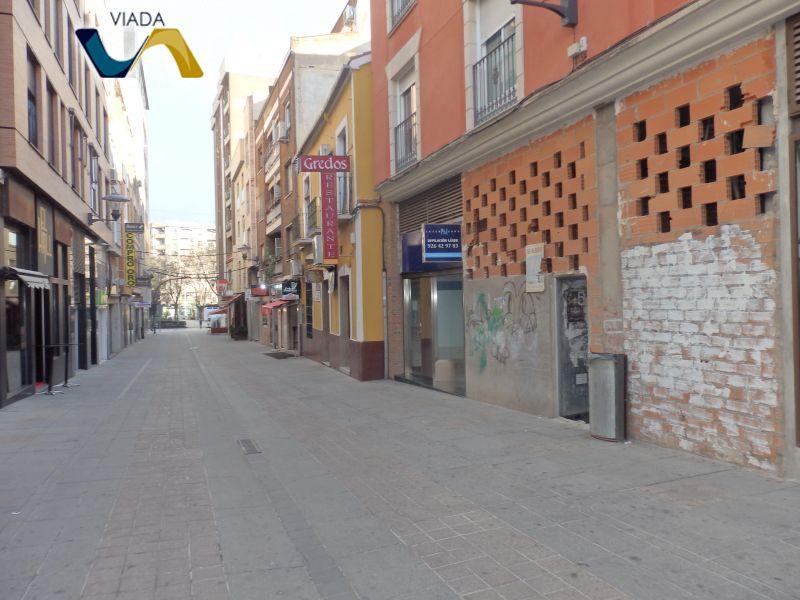 Alquiler Local Comercial  Santa ana. Local comercial 90 m2.