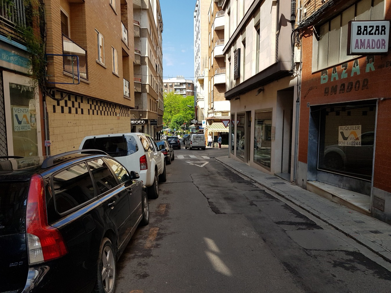 Alquiler Local Comercial  Calle san gregorio.. Local comercial.