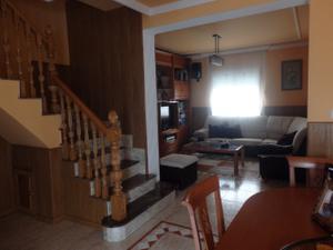 Chalet en Venta en Casa Seminueva / Centro