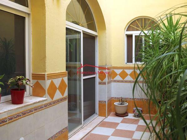 Fincas rústicas en venta con terraza en Valencia Capital