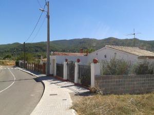 Casa-Chalet en Venta en Sant Salvador de la Calzada / Gelida