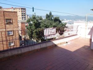 Chalet en Venta en Font de la Mulassa / Horta - Guinardó