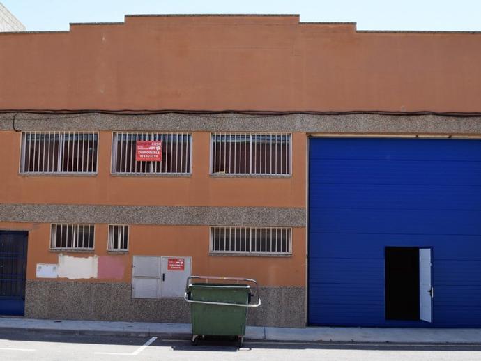 Foto 2 de Nave industrial de alquiler en Numero Cuatro, 6 María de Huerva, Zaragoza