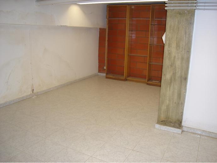 Foto 22 de Local comercial en Calle Tenerías 3 / Santo Domingo y San Martín,  Huesca Capital