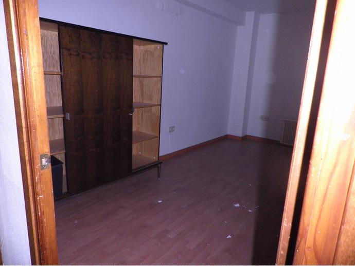 Foto 22 de Oficina en Paseo Ramón Y Cajal 3 / Santo Domingo y San Martín,  Huesca Capital