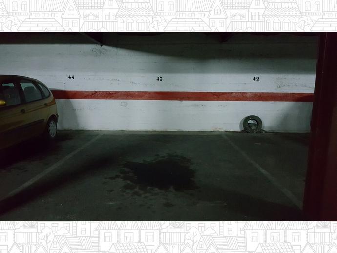 Foto 2 de Garaje en Calle Tenerías 18 / Santo Domingo y San Martín,  Huesca Capital