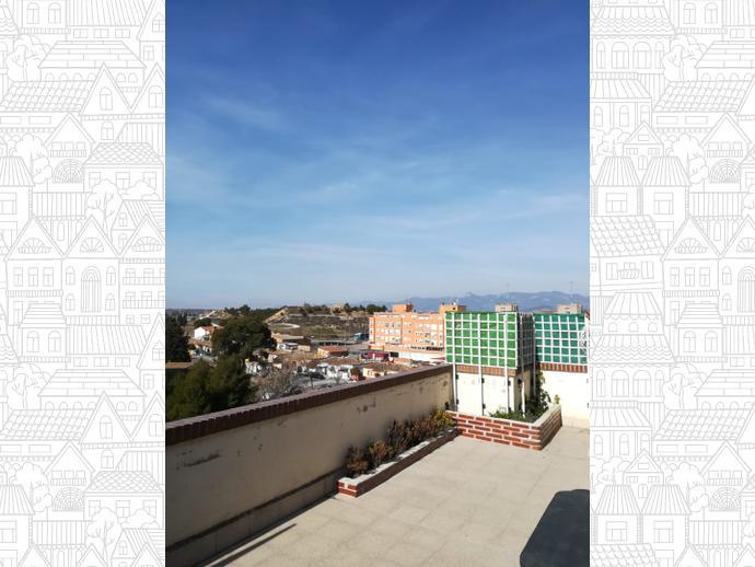 Foto 3 de Ático en Calle Maestro Rovira 3 / Perpetuo Socorro,  Huesca Capital