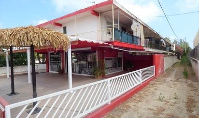 Edificio en venta en Las Marinas / Les Marines
