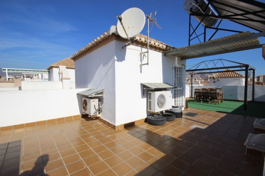 Casa adosada en Aguadulce ,sur
