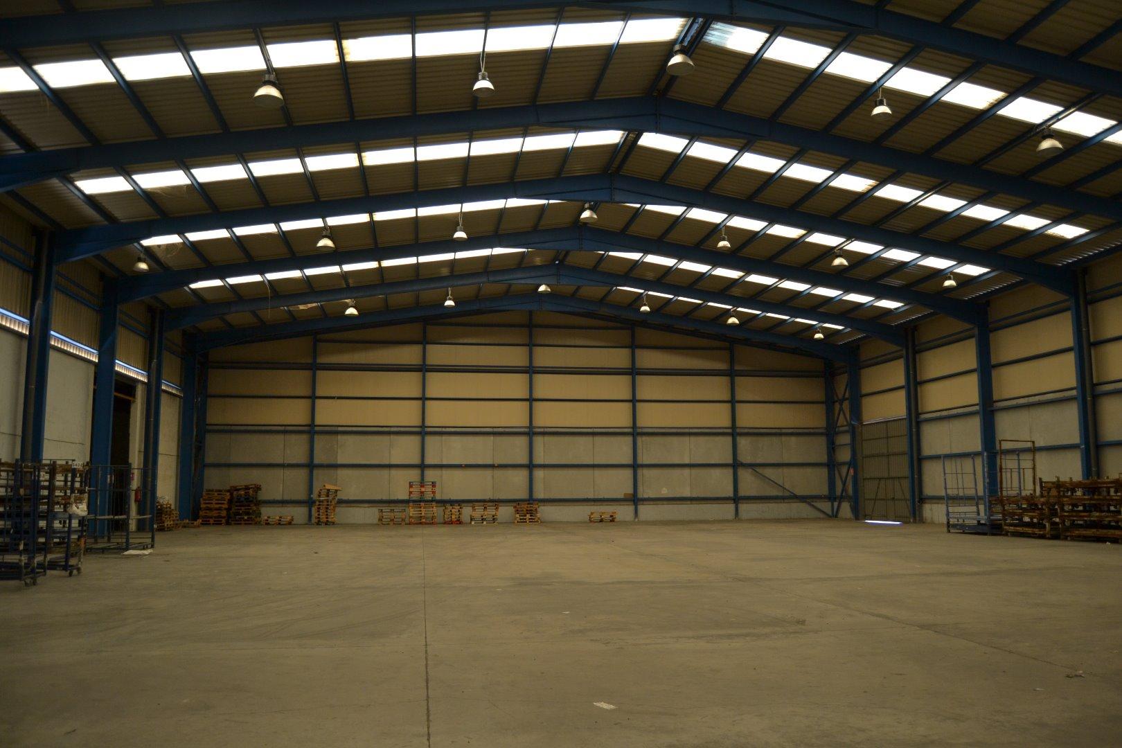 Miete Fabrikhalle  Poligono industrial virgen de la salud-Xirivella. Venta y alquiler de nave industrial en pol. virgen de la salud d