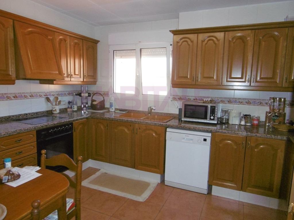 Location Appartement  Carcaixent, carcaixent, carcaixent, valencia, españa. Vivienda dúplex de 4 habitaciones con garaje privado. precio ne