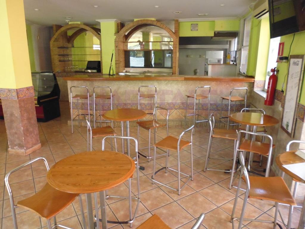 Local Comercial  Zona alquenencia, alzira, alzira, valencia, españa. Local comercial en venta, negocio anterior cafetería.