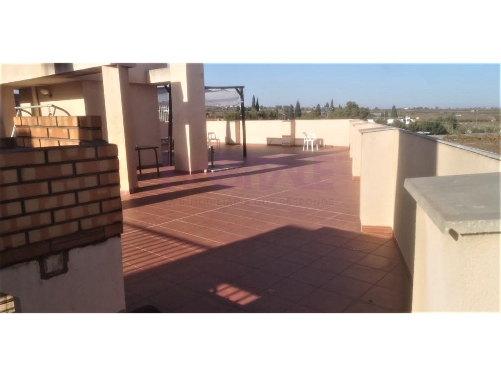 Alquiler Piso  Alginet, alginet, valencia, españa. Ático de 3 habitaciones con plaza de garaje en alginet.