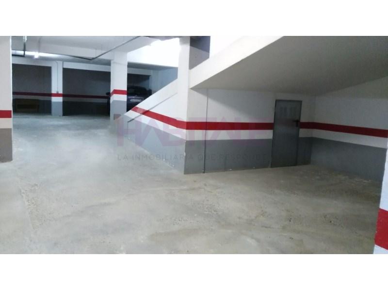Garaje en venta en Malilla