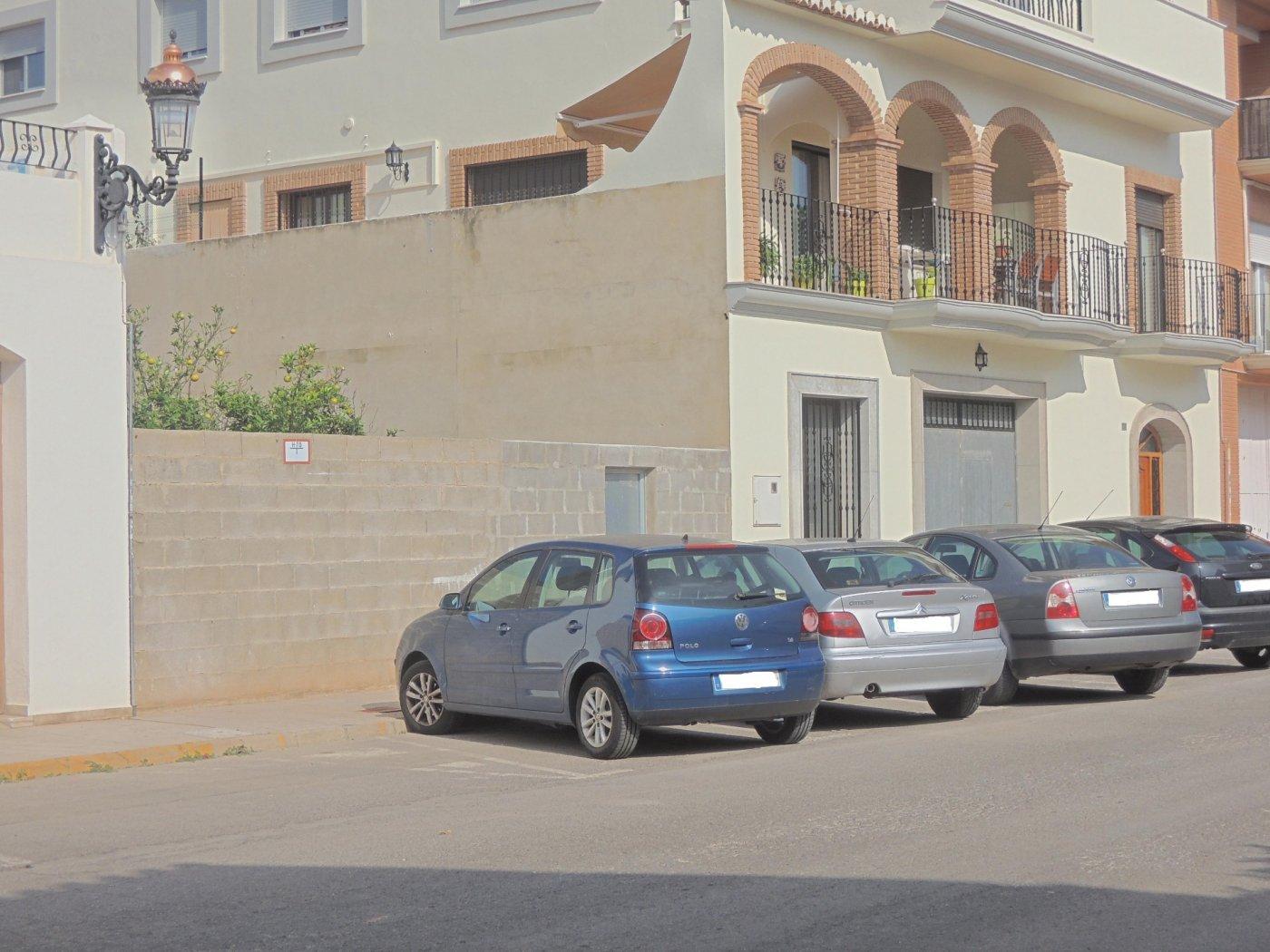 """Urban plot  Rafelbuñol - rafelbunyol ,cerca centro pueblo. """"un gran solar para una gran vivienda"""""""