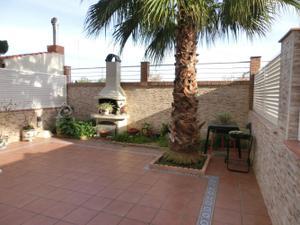 Casa adosada en Venta en Pirotecnia Bronchu / Casas Verdes - Ermita