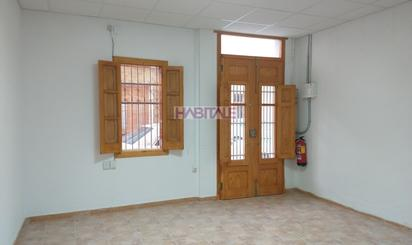 Casa adosada de alquiler en Rafelbuñol / Rafelbunyol