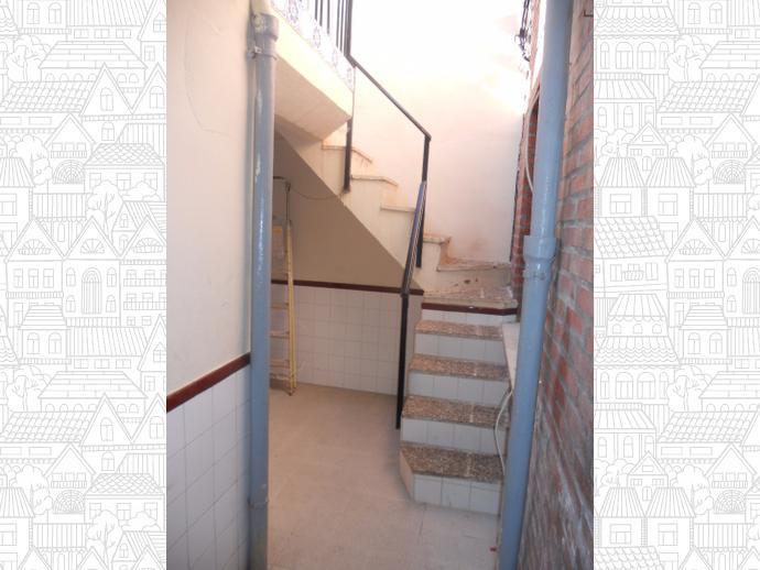 Foto 4 de Casa adosada en  Emigrante Juan Pérez / Jumilla