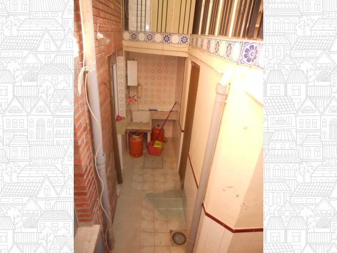 Foto 5 de Casa adosada en  Emigrante Juan Pérez / Jumilla