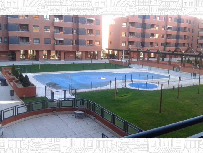 Piso en  Bellaterra / Corralejos - Campo de las Naciones,  Madrid Capital