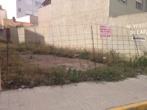 Terreno Urbanizable en Venta en Superficie 208,17m2 Edificabilida 812m2 / Massalfassar