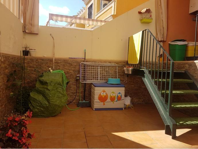 Foto 33 de Casa adosada en Dos Hermanas Ciudad - Arco Norte - Avda. España / Arco Norte - Avda. España, Dos Hermanas